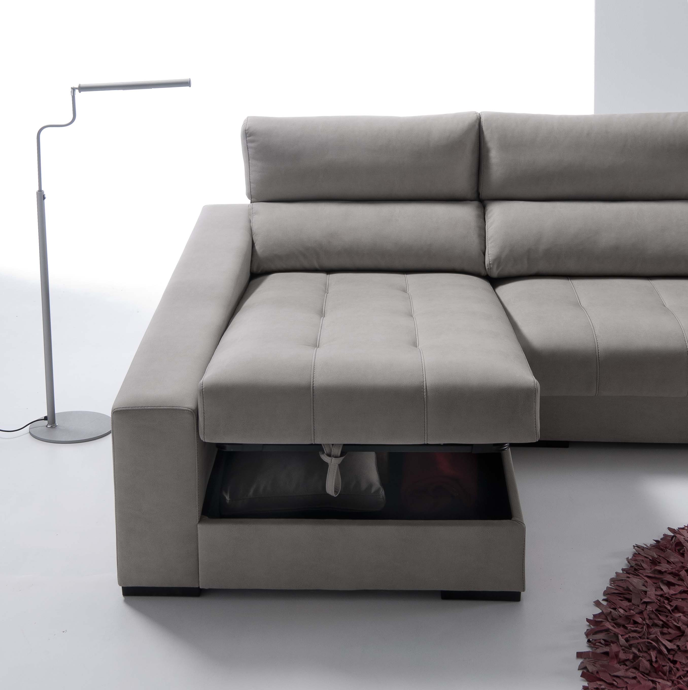 Sof con arc n en la chaiselongue for Sofa cama con almacenaje